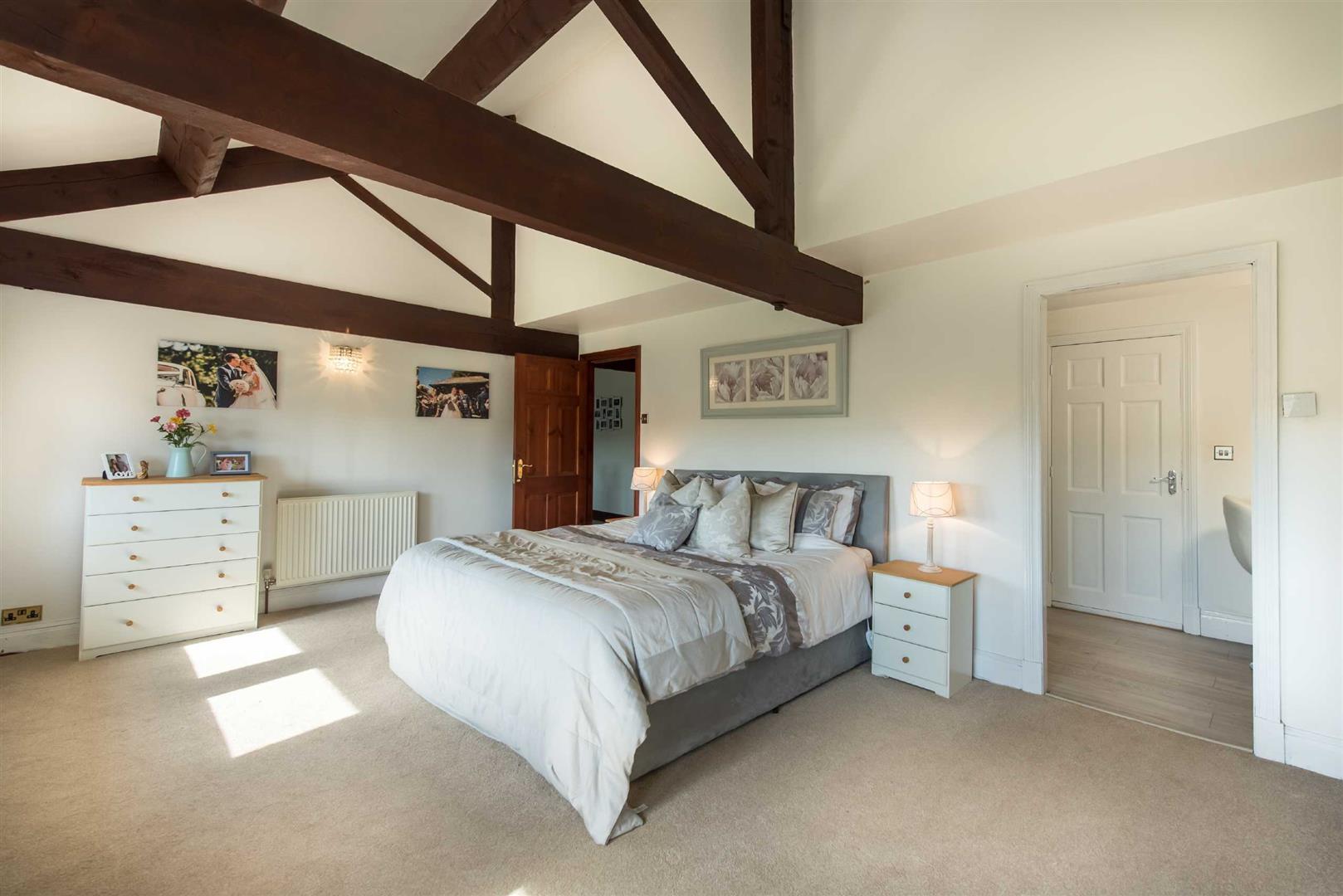 5 Bedroom Link Detached House For Sale - Image 15